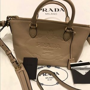 Prada Leather Shoulder Bag- Borsa a Mano Cammeo
